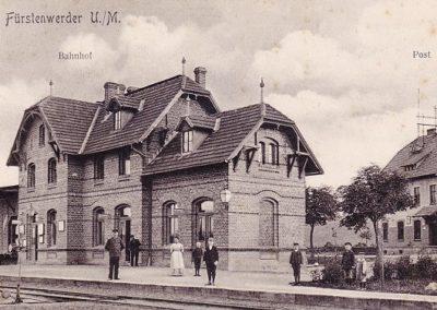Kreisbahnhof und Post - 1908