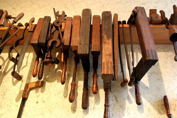 historische Arbeitsmittel des Tischlerhandwerks